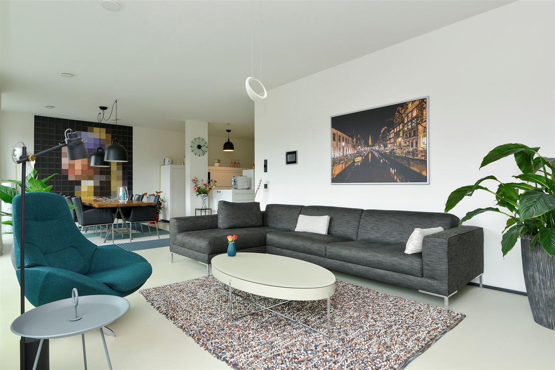 Bekijk foto 3 van Valkenburgerstraat 138 F
