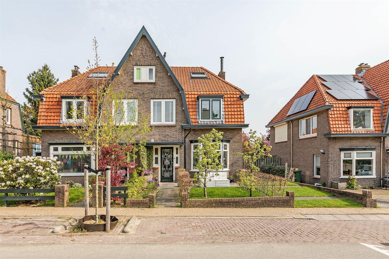Bekijk foto 2 van Van Effenlaan 9
