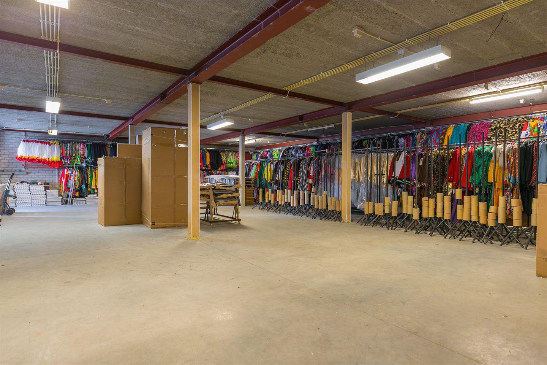 Bekijk foto 2 van Bedrijvenweg 22 A