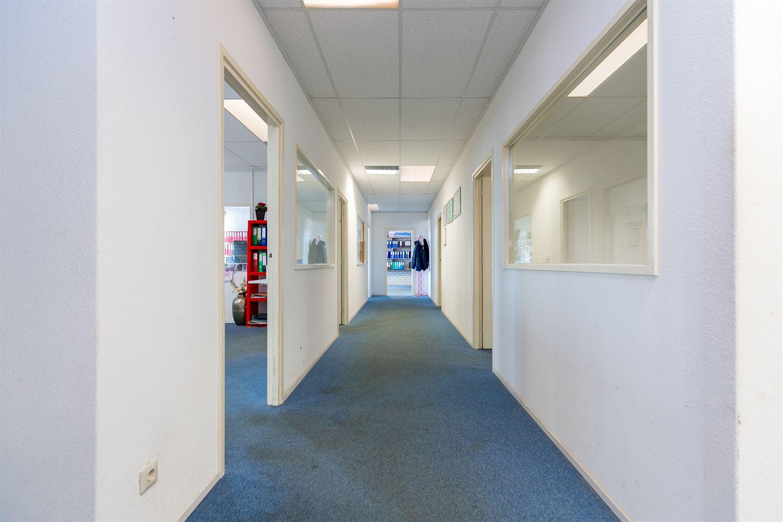 Bekijk foto 3 van Bedrijvenweg 22 A