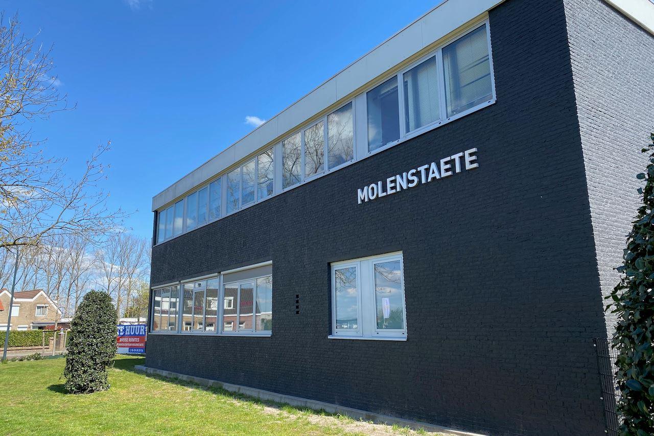 Bekijk foto 2 van Molenvlietstraat 1