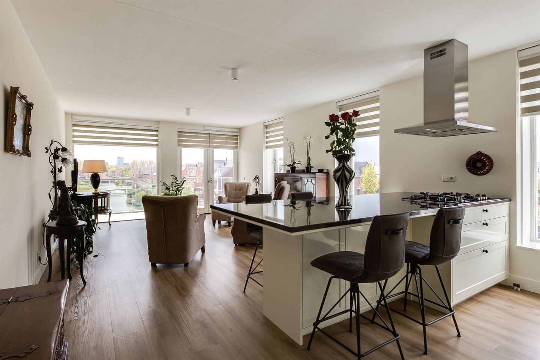 Bekijk foto 2 van Van der Duijn van Maasdamweg 446