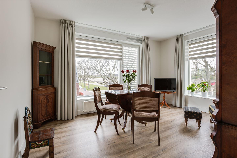 Bekijk foto 3 van Van der Duijn van Maasdamweg 446