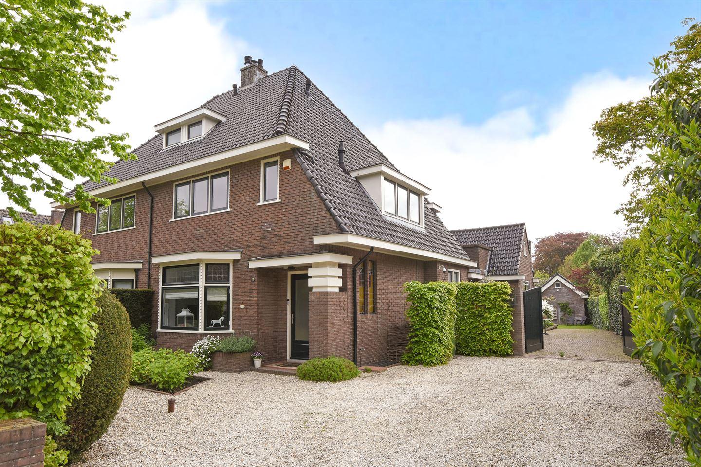 Bekijk foto 1 van Van Hogendorplaan 13