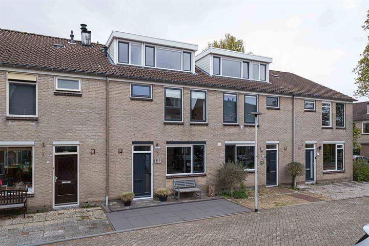 Hoefbladhof 8