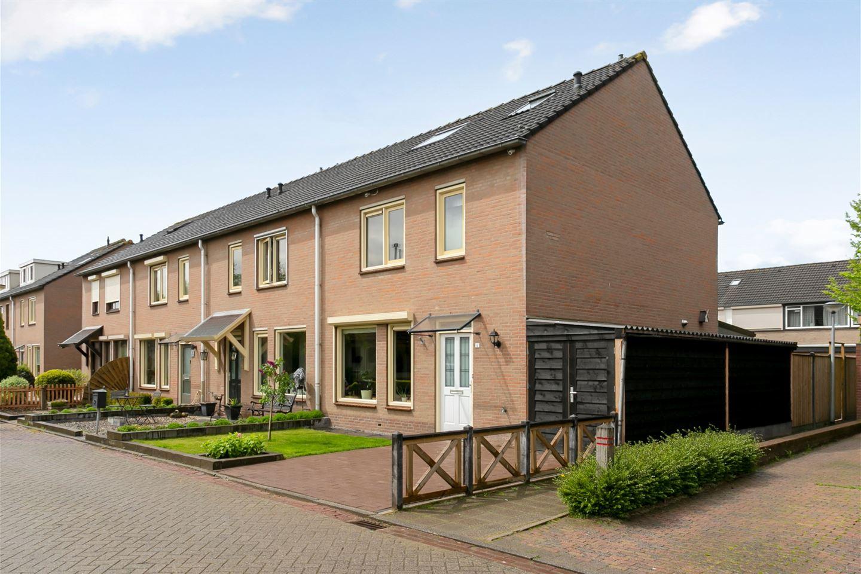 View photo 3 of Wilgenstraat 4