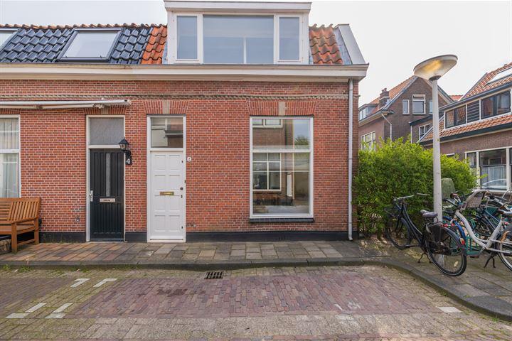 Oranjestraat 2