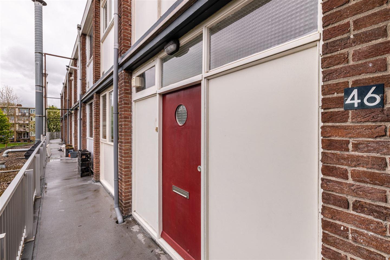 Bekijk foto 3 van E.du Perronstraat 46