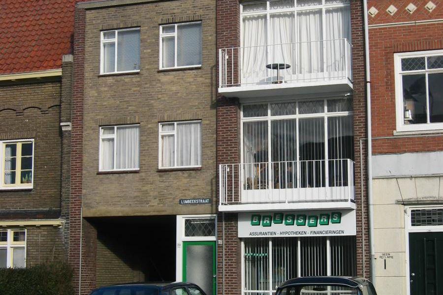 Bekijk foto 1 van Lijmbeekstraat 241 a