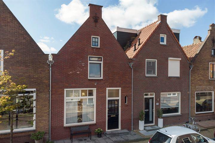 Dokter Weversstraat 9