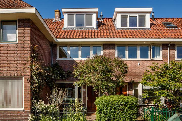 Arnoldus Rotterdamstraat 10