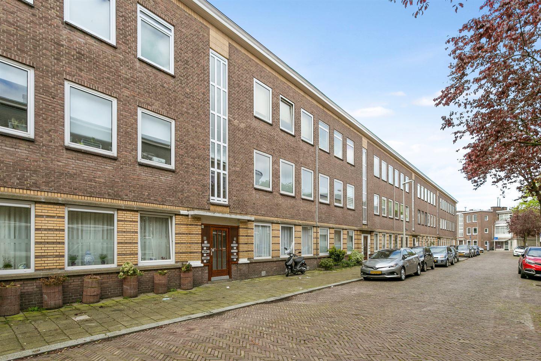 Bekijk foto 2 van Wognumstraat 62