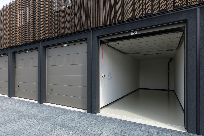 Bekijk foto 5 van Garagepark Zwijndrecht