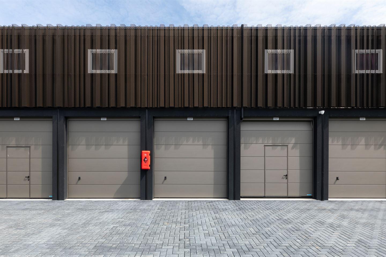 Bekijk foto 4 van Garagepark Zwijndrecht