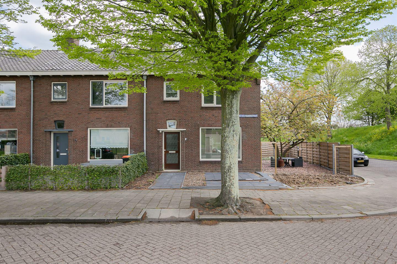 Bekijk foto 5 van Juliana van Stolbergstraat 2