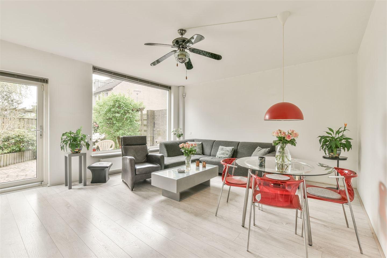 Bekijk foto 3 van Middelveldstraat 7