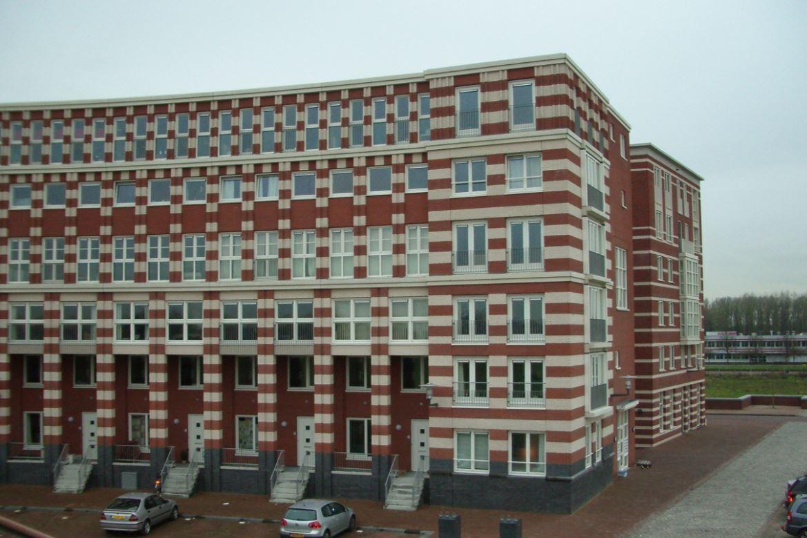 Bekijk foto 2 van Timpaanstraat 10