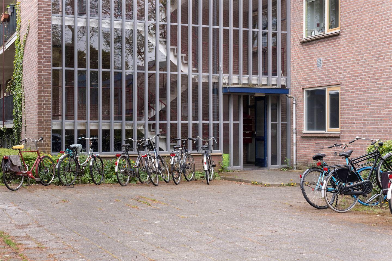 Bekijk foto 2 van Zeemanstraat 6 III