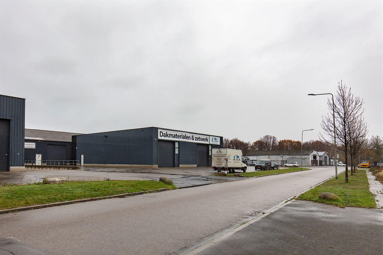 Bekijk foto 3 van Industrieweg 7