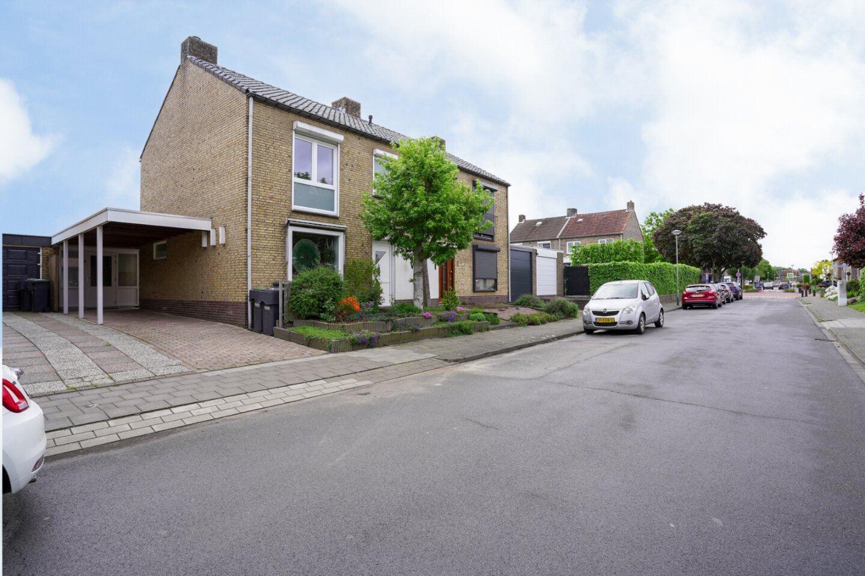 Bekijk foto 3 van Heiveldstraat 4