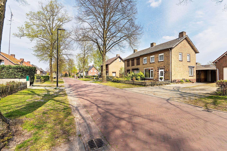 View photo 4 of Korenbloemstraat 11