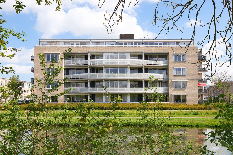 View photo 2 of Jan van Henegouwenstraat 37