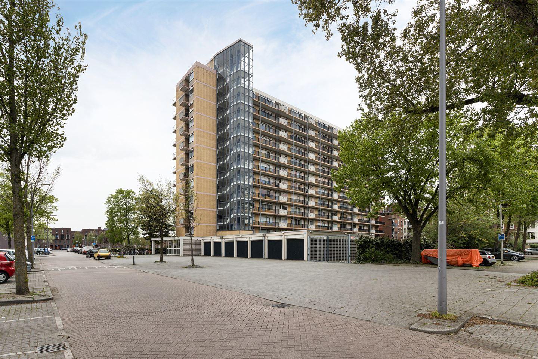 View photo 2 of Robert Baeldestraat 179