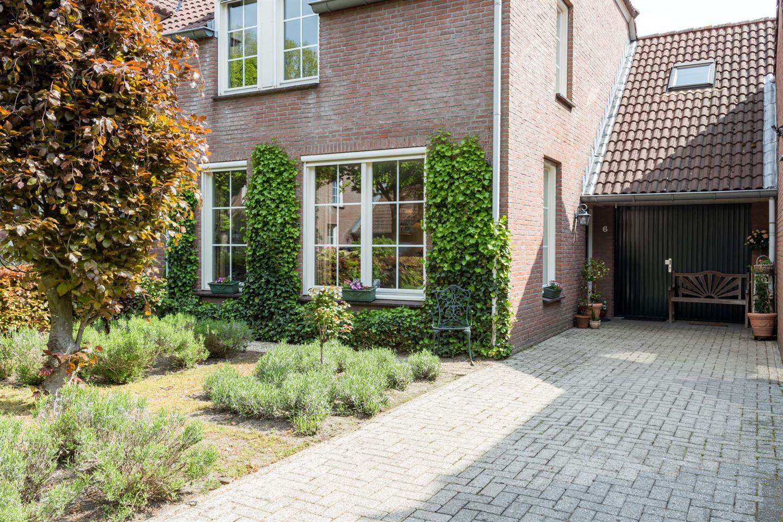 Bekijk foto 2 van De Vrieshof 6