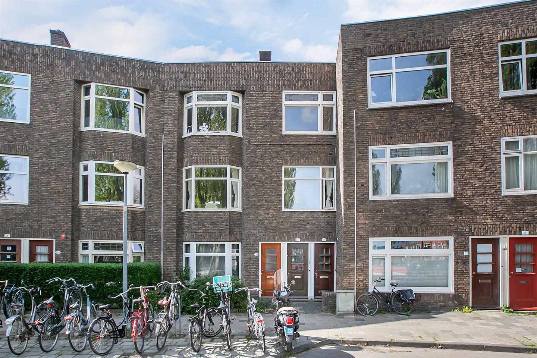Bekijk foto 1 van Nassauplein 33 B