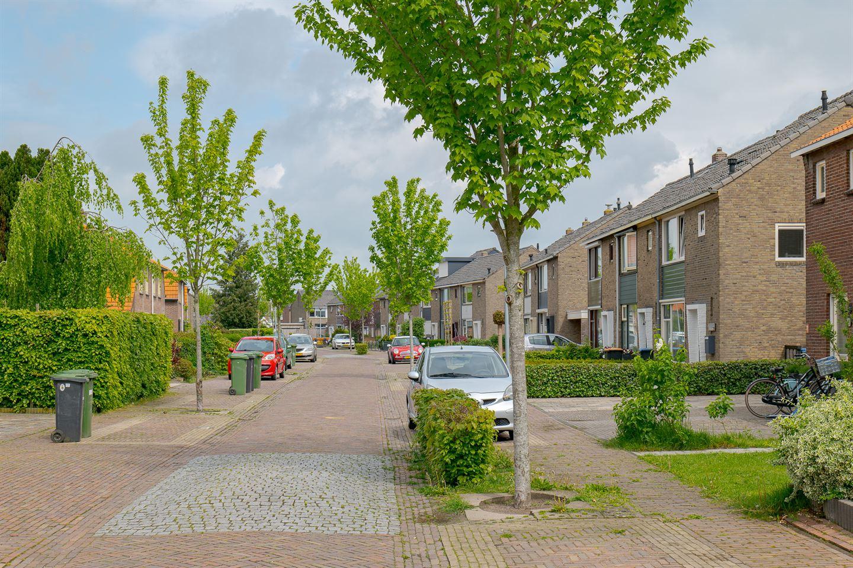 Bekijk foto 3 van Kraaijenbergstraat 8