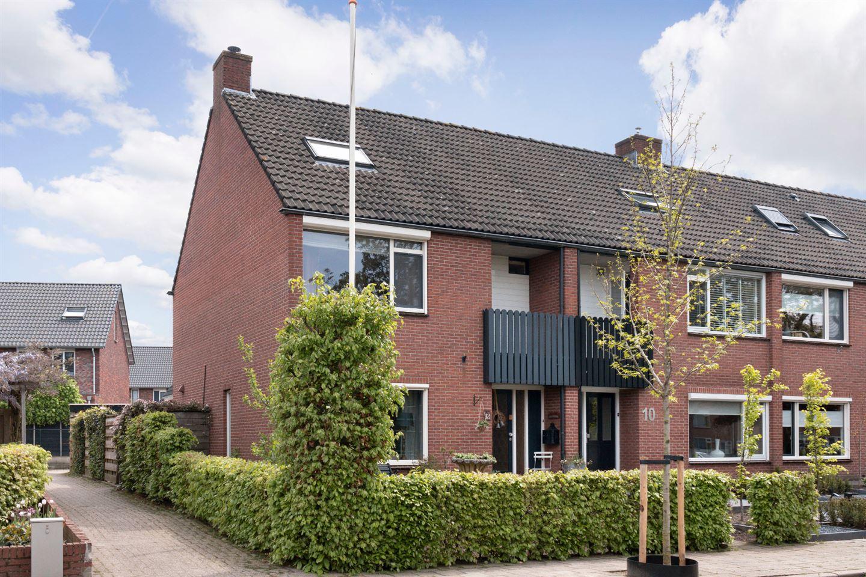 Bekijk foto 2 van Van Limburg Stirumstraat 12