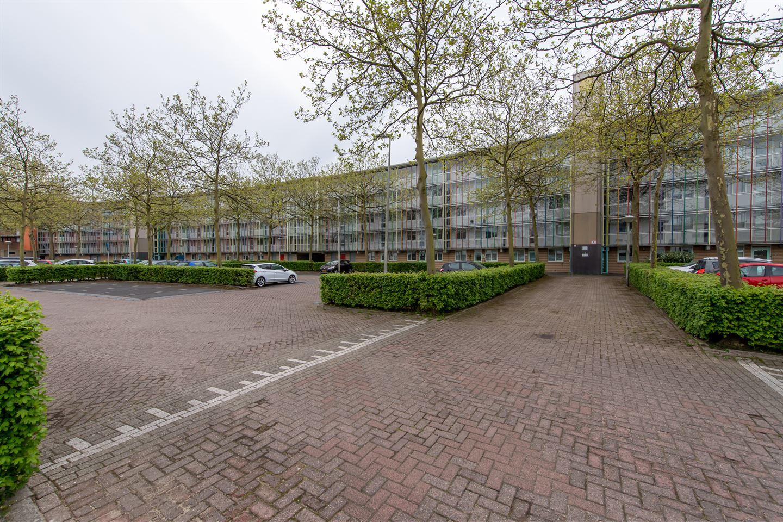 Bekijk foto 2 van Brabantstraat 136