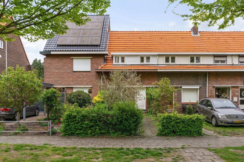 Bekijk foto 2 van Esdoornstraat 29