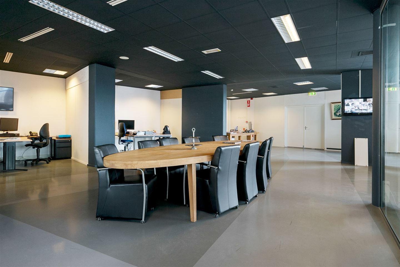 Bekijk foto 4 van Industrielaan 10