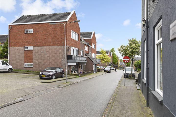 Solostraat 9