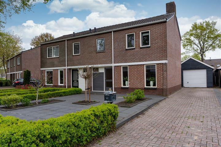 Anne de Vriesstraat 38