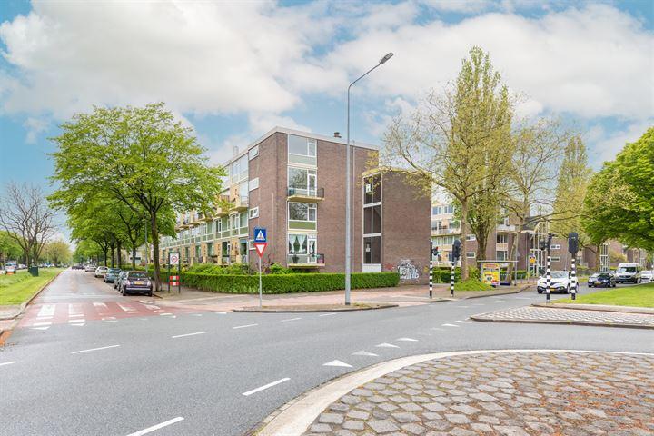Karel Doormanlaan 44