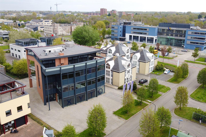 Bekijk foto 4 van H.P. Berlageweg 6-8
