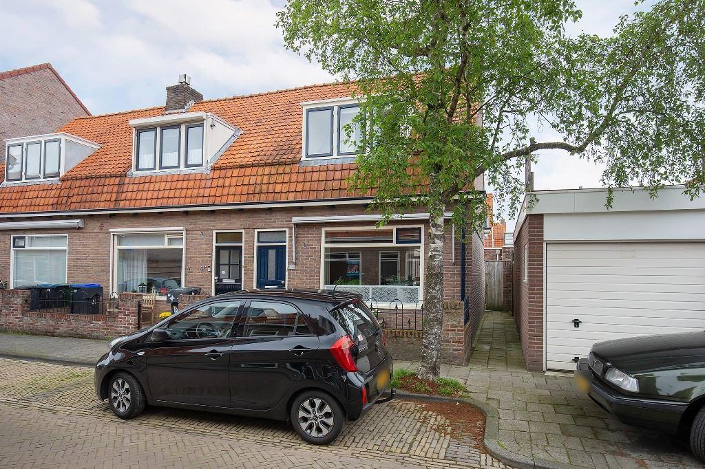 Bekijk foto 2 van Prins Bernhardstraat 23