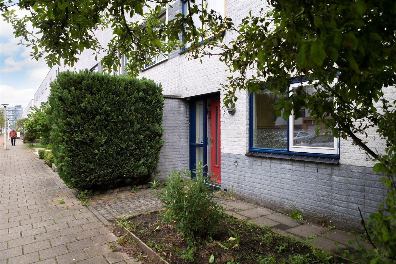 Bekijk foto 3 van Marga Klompélaan 303
