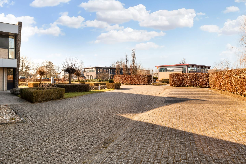 Bekijk foto 5 van Beatrixpark 16