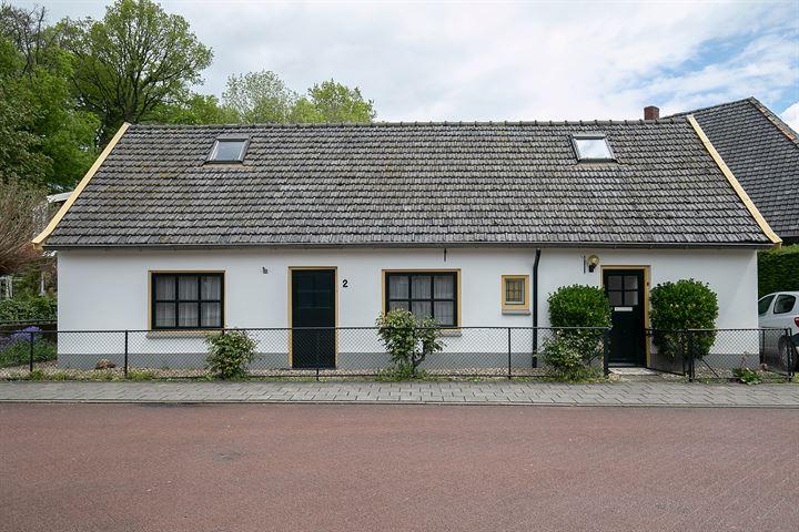 Damstraat 2