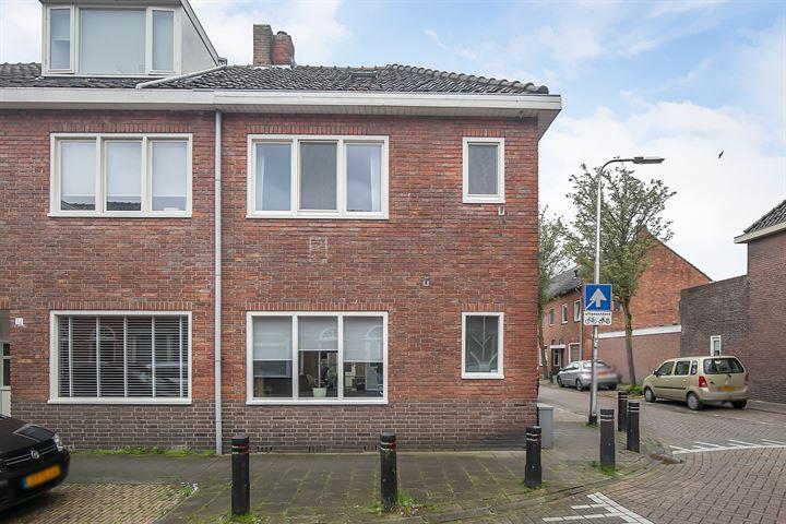 Blazoenstraat 2