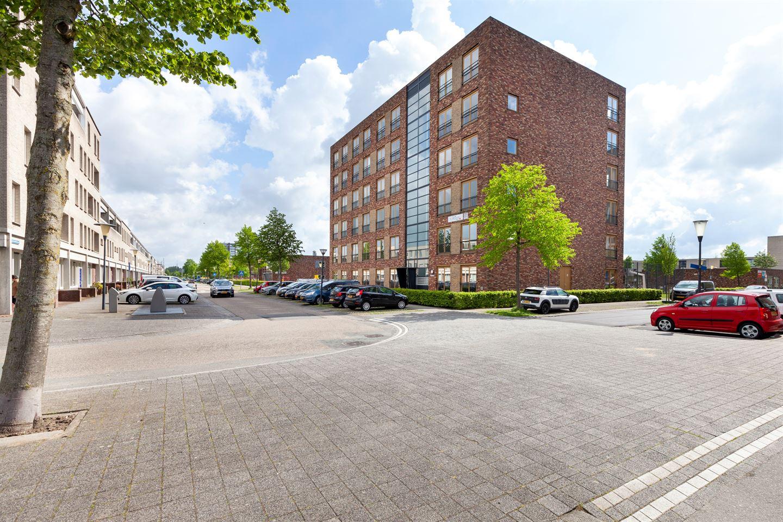 View photo 1 of Hazerswoudestraat 334