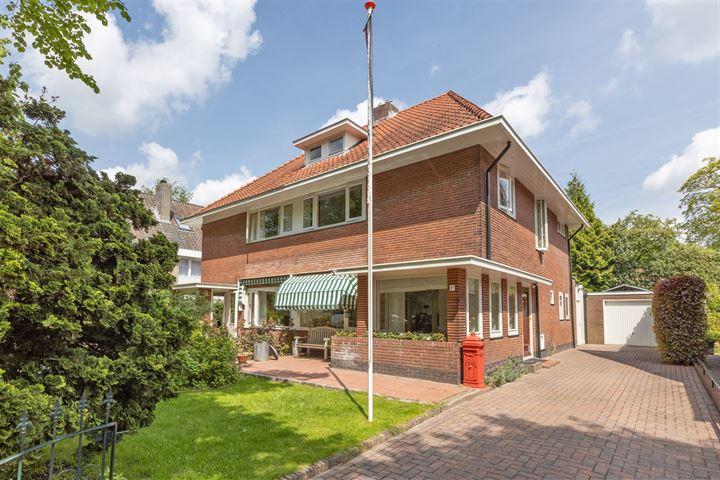 Constantijn Huijgenslaan 1 D