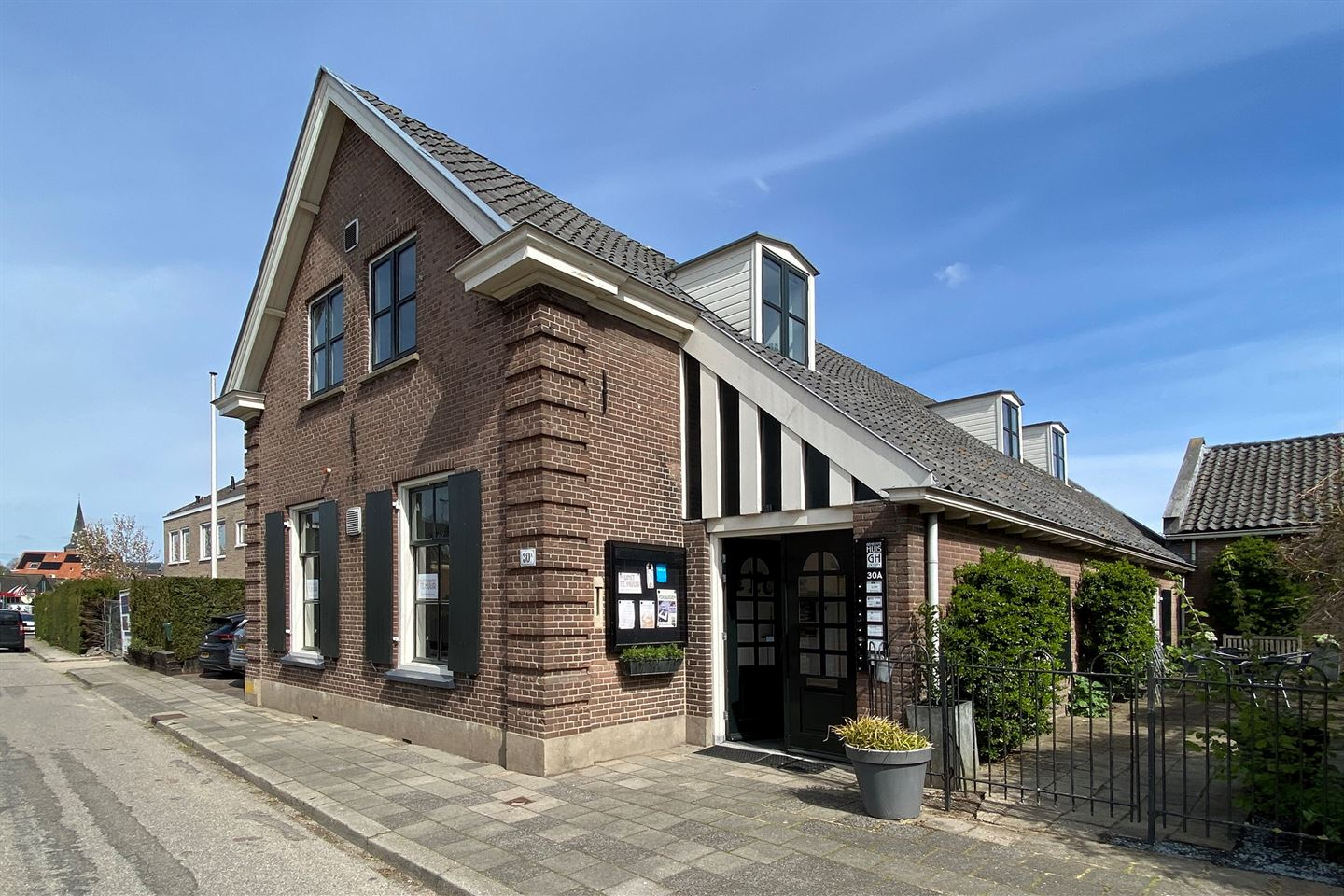 View photo 3 of Dorpsstraat 30 a