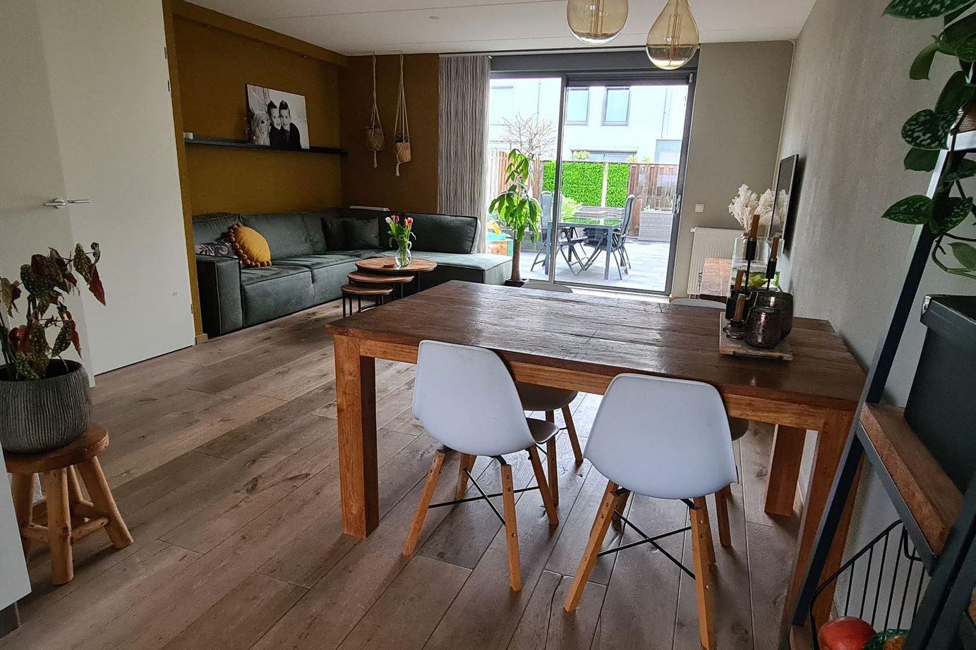 Bekijk foto 2 van Vermeerstraat 19