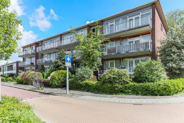 Huygensstraat 46