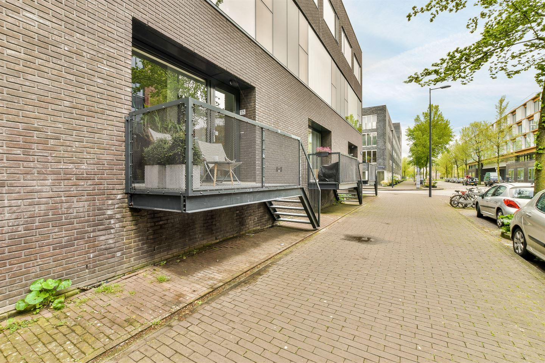 Bekijk foto 2 van Kiekstraat 105