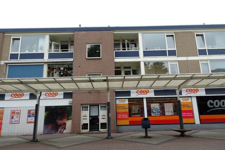 Bekijk foto 1 van St. Gangulphusplein 20 -2